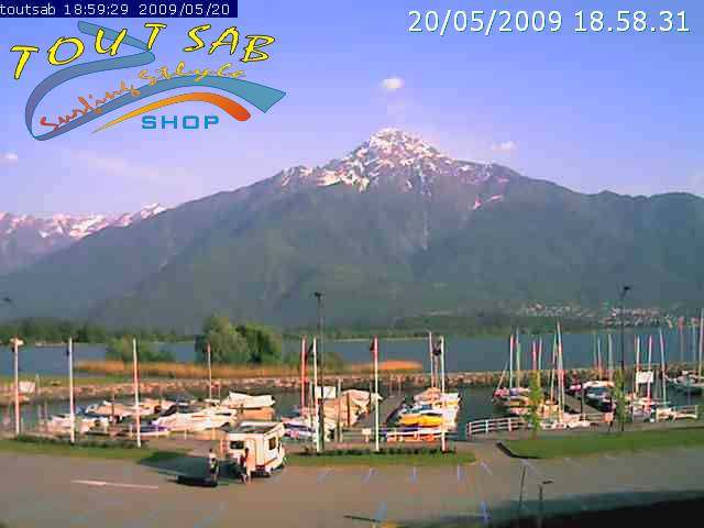 Gera Lario webcam - Tout Sab Surfing Style Shop, Gera Lario webcam, Lombardy, Como